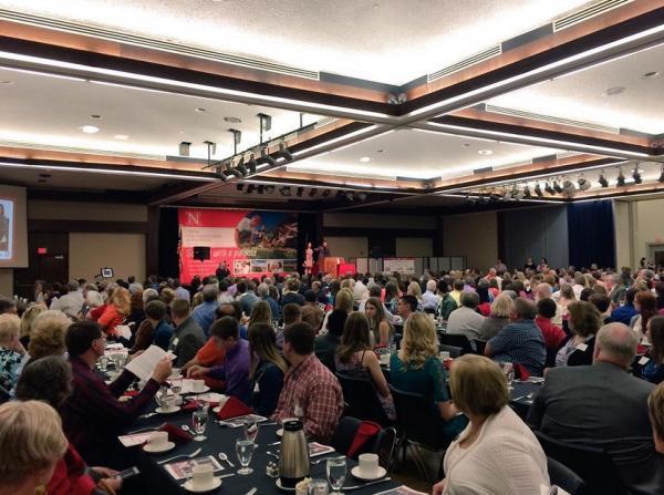 Awards banquet highlights CASNR Week activities.