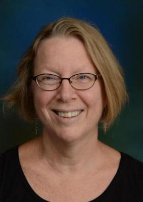 Becky Higgins Named Recipient of Outstanding Employee Award