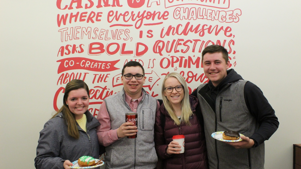 CASNR Students with donuts and coffee
